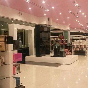 ideal-perfume-shop.jpg?w=300&h=300&s=1