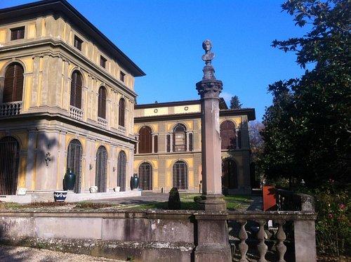 Museo Stibbert a Firenze, veduta esterna