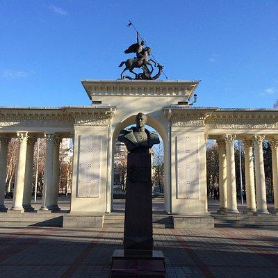 Памятник Жуквову