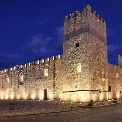 Alcamo, Castello dei Conti di Modica, torre di Nord Ovest