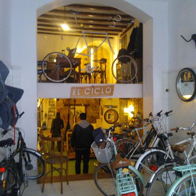El Ciclo shop, the best place to be in Barcelona.