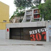 Entrada al Refugi 307