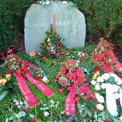 Grab von Willy Brandt nach seinem 100sten Geburtstag