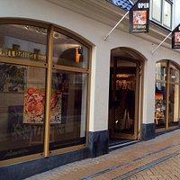 Galerie Erik Zwezerijnen Folkingestraat