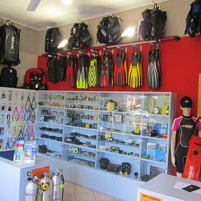 il punto vendita di attrezzature sub a Mantova