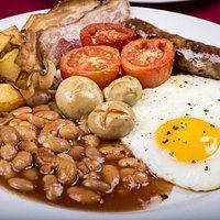 Full English with cumberalnd sausage