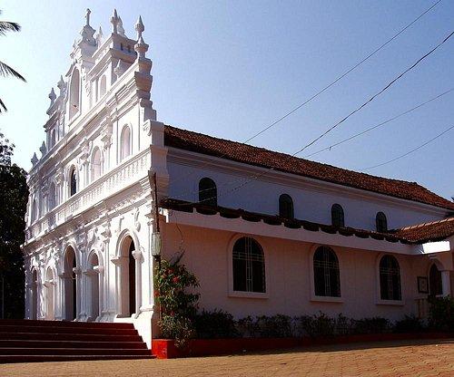 Церковь Святой Кармелиты покровительницы Арамболя.