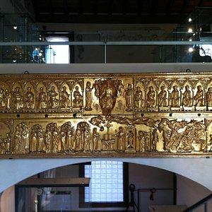Museo Diocesano di Arte Sacra di Treviso, Paliotto dorato