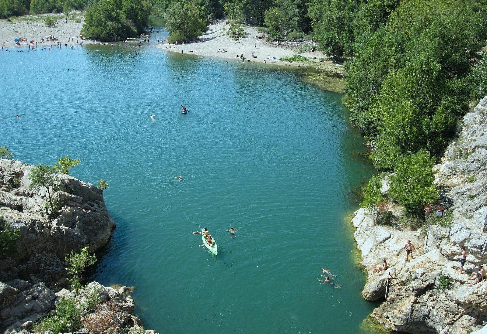 Blick auf Einlauf des Hérault und Badestrand
