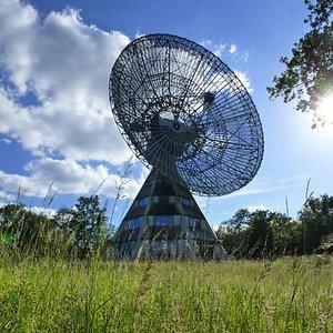 Das 25-Meter-Teleskop ist sonntags auch Innen zugänglich