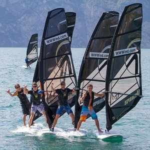 Windsurfen, segeln, kitesurfen, SUP und Yachtcharter Malcesine