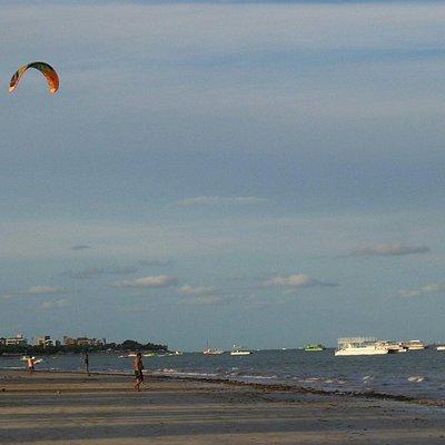 Local  tranquilo para a prática esportiva náutica.