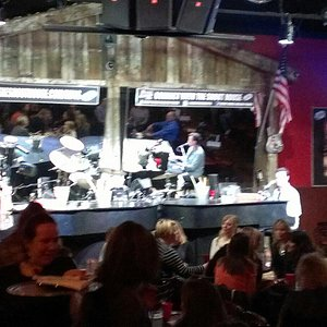 Dueling pianos at The Shout House