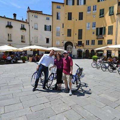 take a bike ride in Lucca