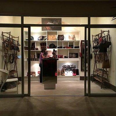 cocobolo showroom