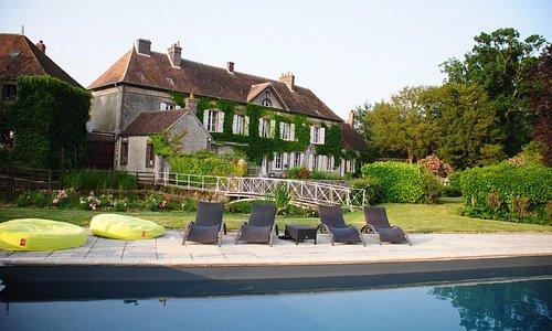 la grand maison vue piscine
