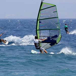 Windsrfing vs Kitesurfing