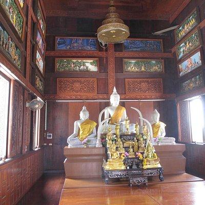 Im Tempel des Wats