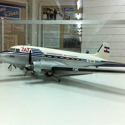 Model aircraft JAT DC3