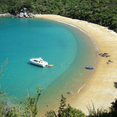 Te Pukatea Bay