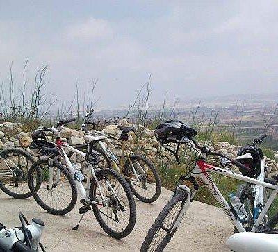 Bikes on a trail brake