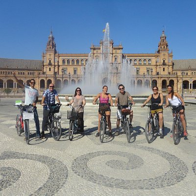 Elecmove best bike tour in Seville