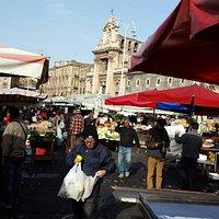 Mercato piazza Carlo Alberto