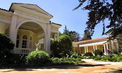 Casona / Antigua Residencia Don Melchor