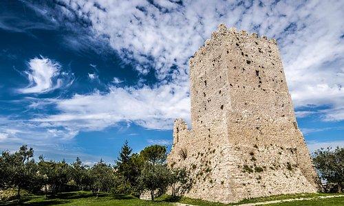 """Torre di Cicerone nell'Acropoli, detta """"Civitavecchia"""" di Arpino (FR)"""