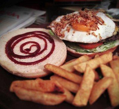 CONAN Burger @ Troade