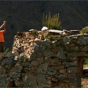 Sitio arqueológico de Llamacorral, Laguna Purhuay