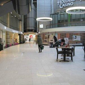 Central Plaza shopping center
