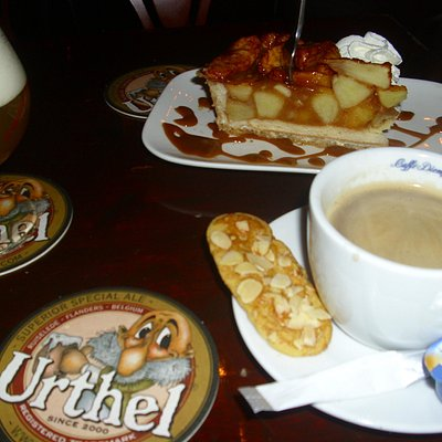 Apple tart, coffee and beer