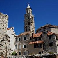 колокольня Святого Домна