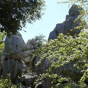 roches, rochers et cailloux