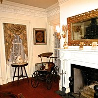 front parlor of the Spooner House