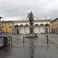 Piazza Santissima Annunziata: 1