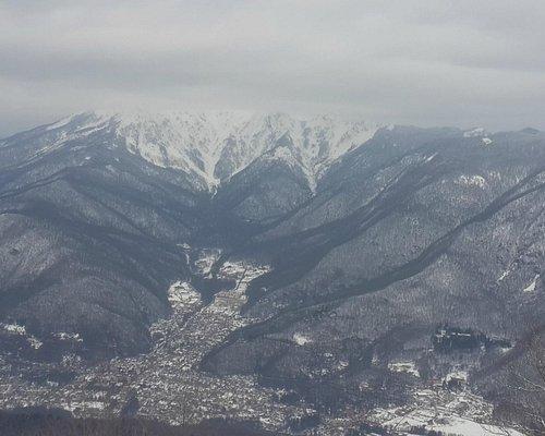 вид с верхней точки 2200 м