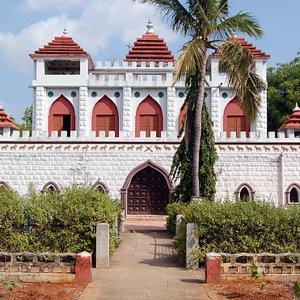 The memorial fort