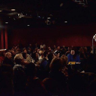 Brad Lanning rocks the mic
