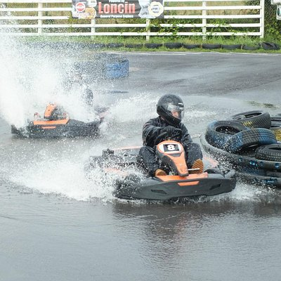 wet racing at its best