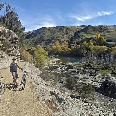 Cyclists enjoying the Clutha Gold Trail