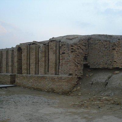 Ancient temple in Ur 2014