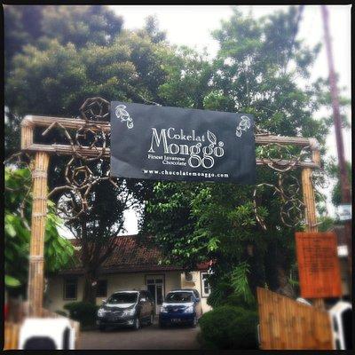 Monggo Chocolate entrance