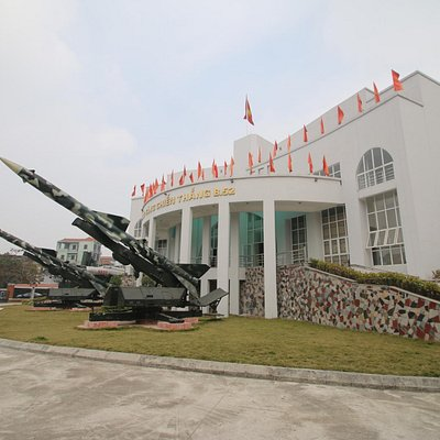 The B-52 Victory Museum.
