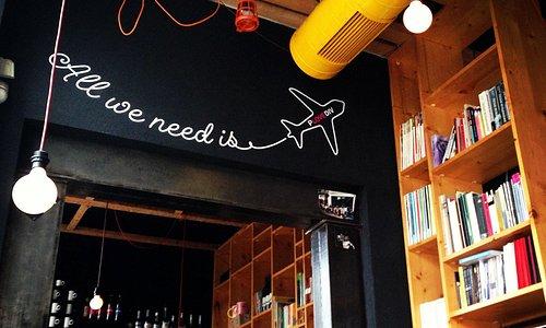 ArtNewsCafe