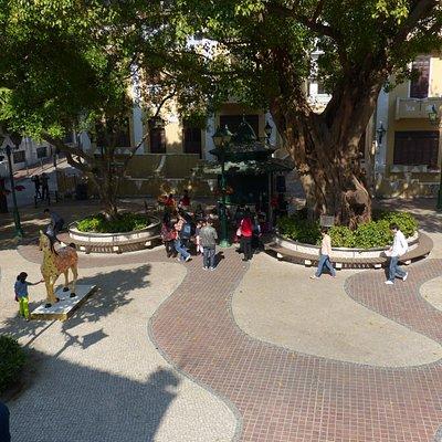 A Po Jing Square
