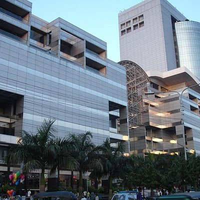 Bashundhara City Shopping Mall facade