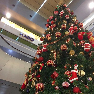 X-mass tree in Almansour mall