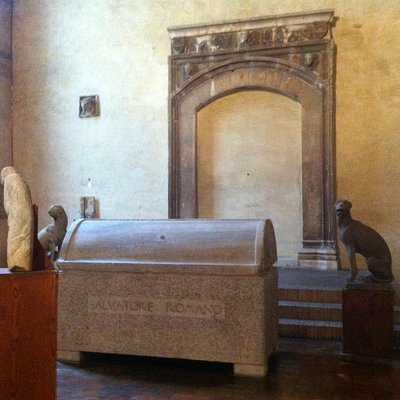 Fondazione Salvatore Romano, la tomba dell'Antiquario